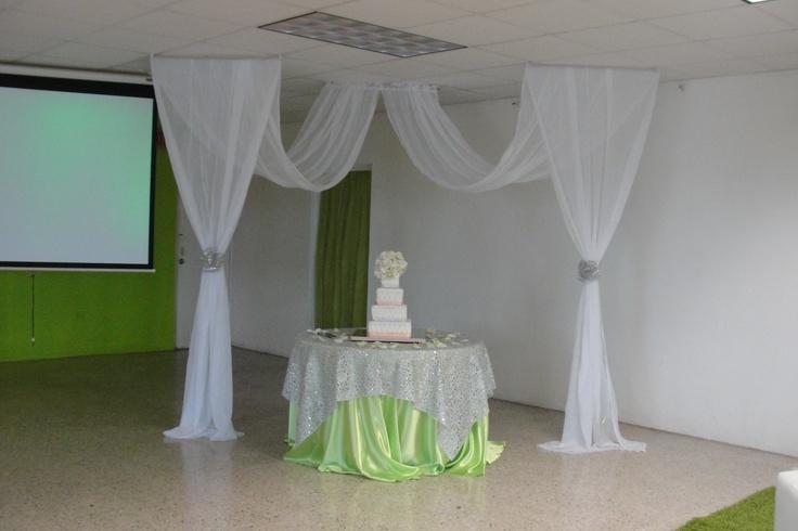 Telas para la decoracion ideas para fiestas pinterest - Como hacer unas cortinas para el salon ...