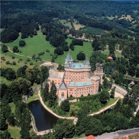One of the most finest and beautiful castles of Central Europe is located in Slovakia over the small historical town of Bojnice. The castle itself is breathtaking a combination of styles from Loire Gothic and Renaissance castles.