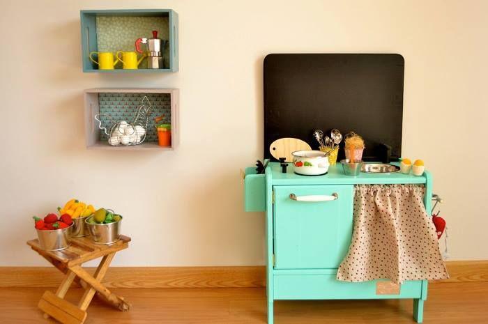 Le cucine giocattolo rètro di Macarena Bilbao