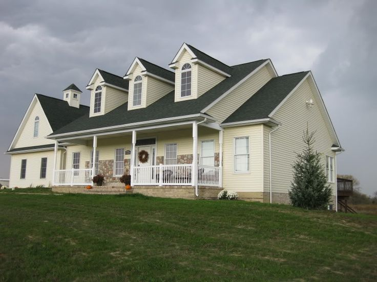 1000 images about exterior colors on pinterest exterior - Roof colors for green houses ...