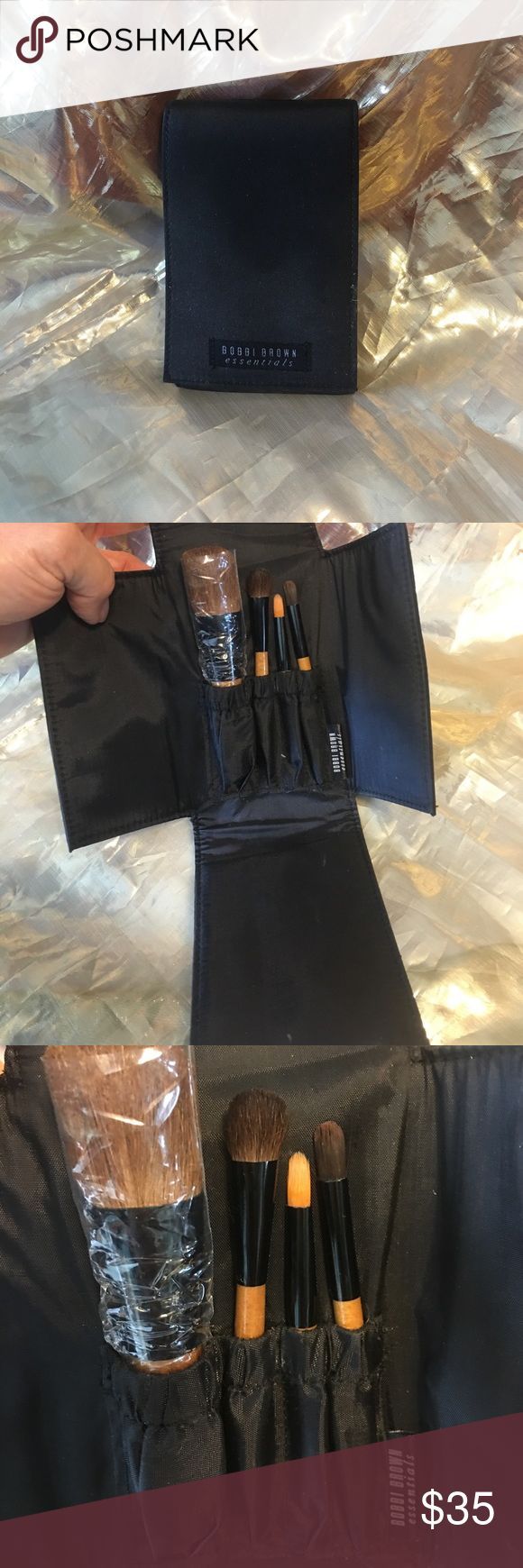Bobbi Brown brush set Cool brush set with 4 brushes vintage Bobbi Bobbi Brown Makeup Brushes & Tools