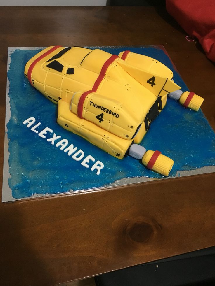 Thunderbird 4 cake