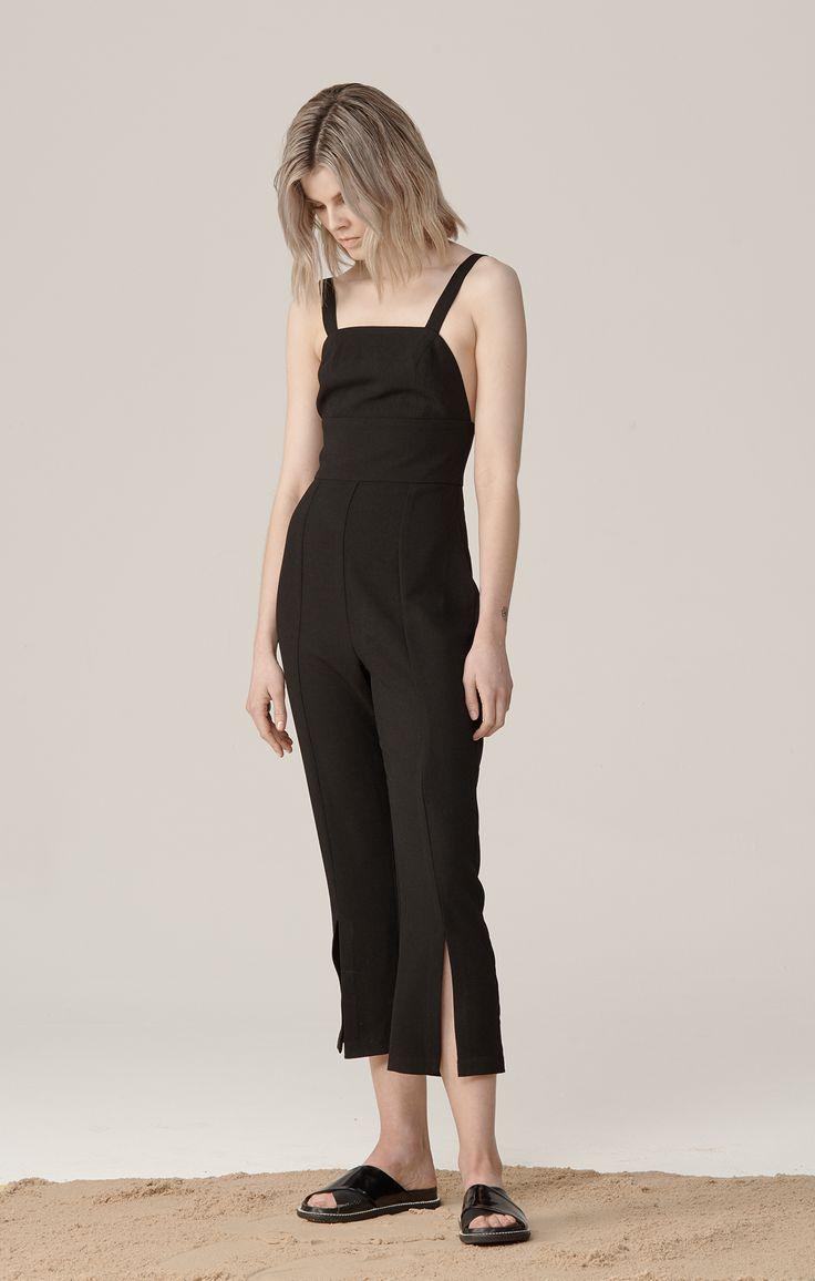 THIRD FORM RESORT 15 CAMPAIGN  #thirdform #campaign #fashion #photography #minimal #model
