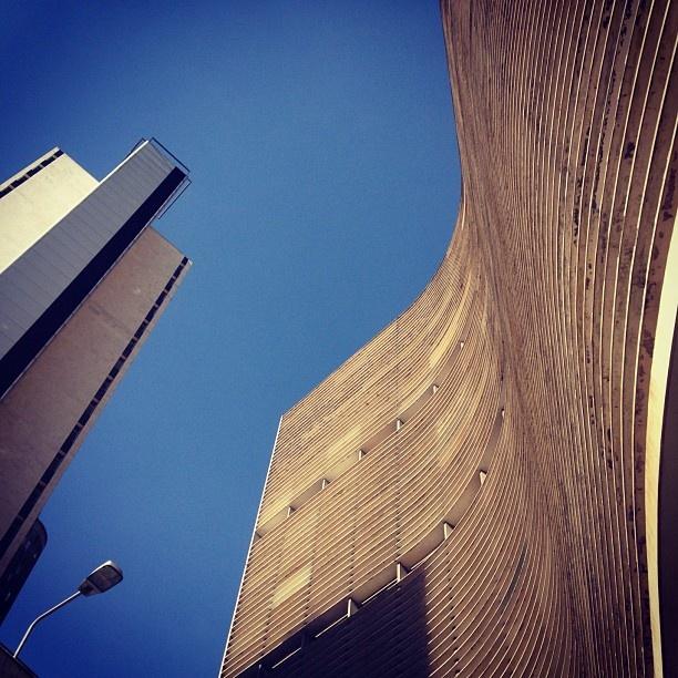 "@nanapd's photo: ""#copan #centro #prédio #saopaulo"""