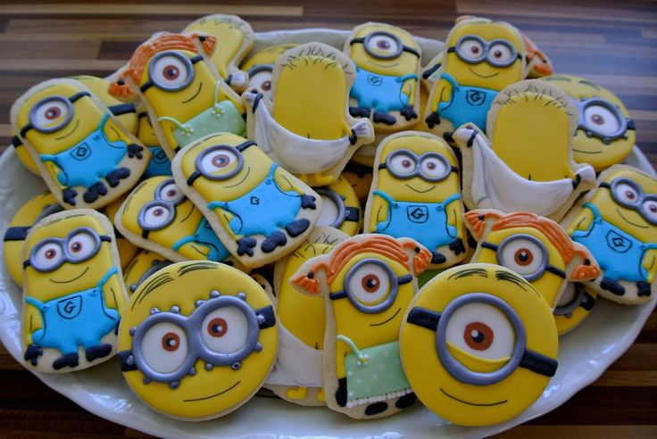 how to make minion sugar cookies