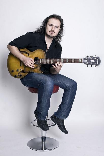 алекс руис гитарист фото позволяет