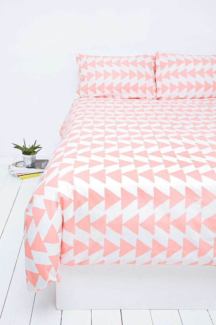 1000 id es sur le th me literie corail sur pinterest couette corail dortoir corail et duvet. Black Bedroom Furniture Sets. Home Design Ideas