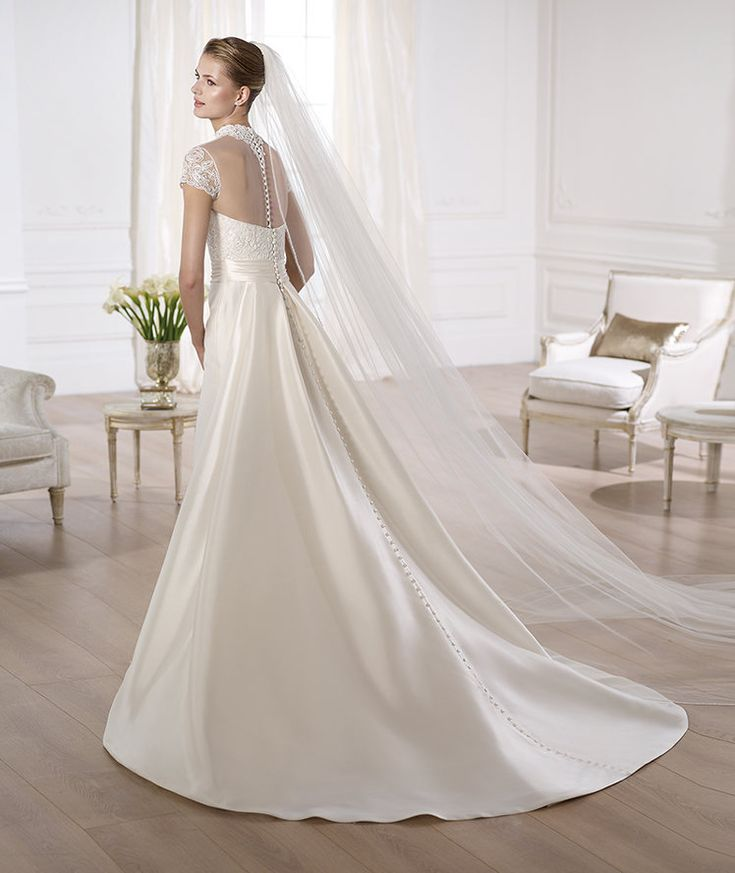 ONORA » Wedding Dresses » 2014 Costura Collection » Pronovias » Shown with detachable Chapel length Train (back)