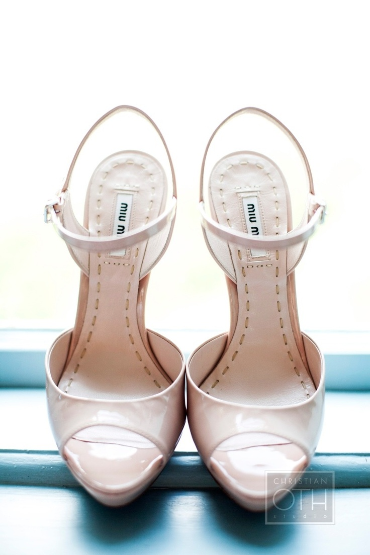 Pretty Pink Shoes by Mui Miu / Photography by Sue Kessler of christianothstudio.com