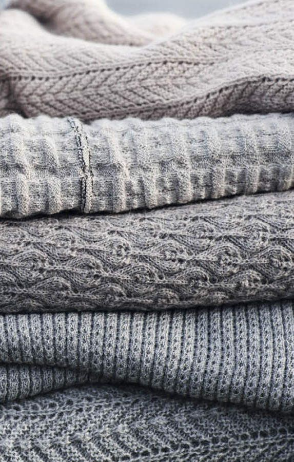 Gray knits. These look so comfy cozy URGH! childofsummer.tumblr.com