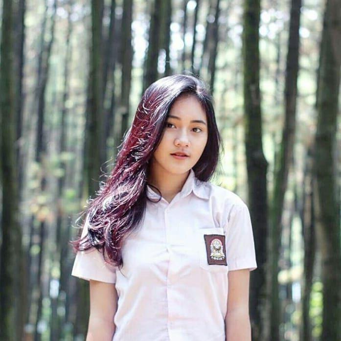 Foto Gadis Cantik Dan Manis Di Asia