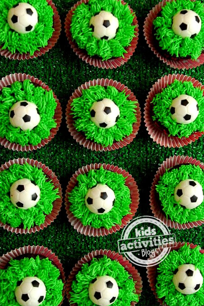 A super easy way to make soccer cupcakes for a kids party or just for fun!