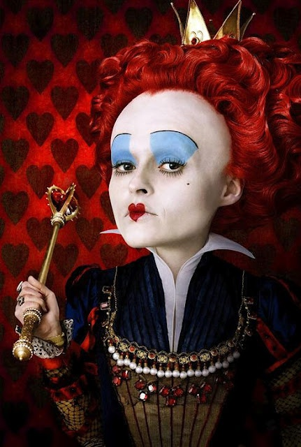 "The Mad Hatter (Johnny Depp): ""What a regrettably large head you have. I would very much like to hat it. I used to hat The White Queen, you know. Her head was so small."" // The Red Queen (Helena Bonham Carter): ""It's tiny. It's a pimple of a head."" -- from Alice in Wonderland (2010) directed by Tim Burton: Costumes Makeup, Red Queen, Movie Makeup, Alice In Wonderland, The Queen, Makeup Ideas, Queen Of Heart, Beautiful Blog, Helena Bonham Carter"