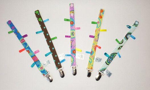 Pacifier holder/ clip/ fashion pacifier clip gancho por FlofyCo