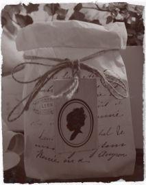 Brocante houten labeltje met afbeelding