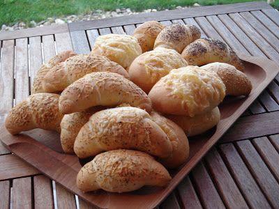 http://nemvagyokmesterszakacs.blogspot.hu/2011/09/vajas-peksutemenyek-szezammagos-makos.html