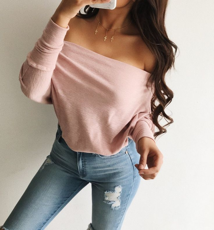 ~Nice off shoulder sweatshirt with batwing sleeves. Goes perfect with one of our many jeans ~Material 94%Cotton, 6%Spandex ~Model wearing size small