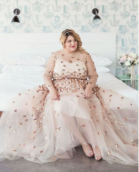 281 best plus size wedding dresses images on pinterest for Best wedding dress styles for plus size brides