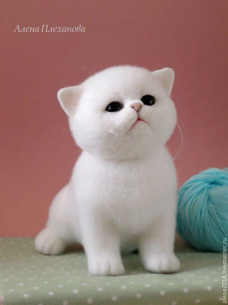Купить Юки (Yuki) - белый, котенок, котенок из шерсти, котик, котик игрушка, интерьерная игрушка
