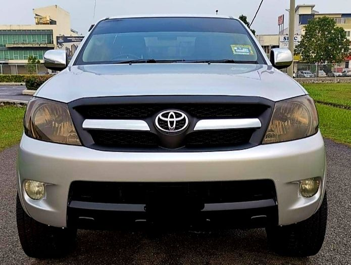 Kajang Selangor For Sale Toyota Hilux 2 5l At 4wd Diesel Turbo Sambung Bayar Car Continue Loan 1800 Malaysia Cars Com M Toyota Hilux Engine Types Vehicles