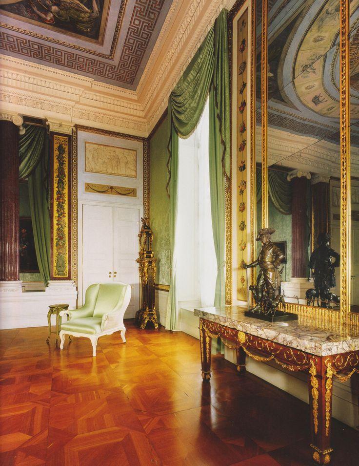 Potsdam, Schloss Sanssouci, ehemaliges Arbeits- und Schlafzimmer Friedrichs des Großen (Sanssouci Palace, former study and bedchamber of Frederick the Great)