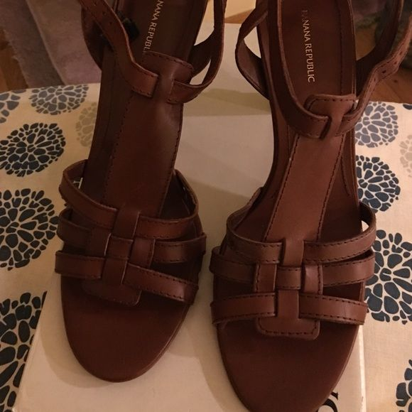 Banana Republic Banana Republic Cassidy not used try on in store. Bundle for more savings. 🚫🚫Please No low ball offers and no trades 🚫🚫 Banana Republic Shoes Heels