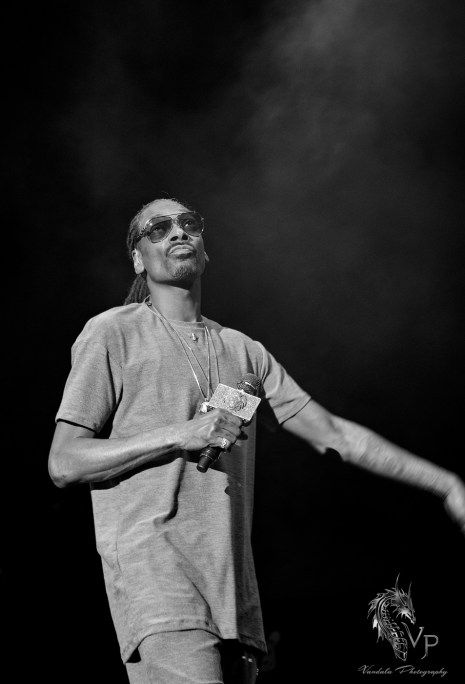 Preview of our upcoming festival special - Full photo gallery Snoop Dogg the Legend himself at Center of Gravity  more photos via Vandala Magazine https://vandalamagazine.com/2017/08/04/photo-gallery-snoop-dogg-at-center-of-gravity-2017/ July 29th, 2017, Kelowna, BC Photo Credit: Vandala