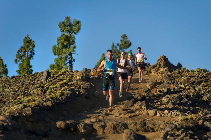 Participantes de la Transvulcania. / Cedida por: Patronato de Turismo de La Palma.