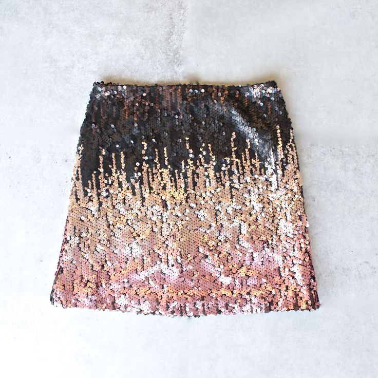 1000  ideas about Sequin Mini Skirts on Pinterest | Mini skirt ...
