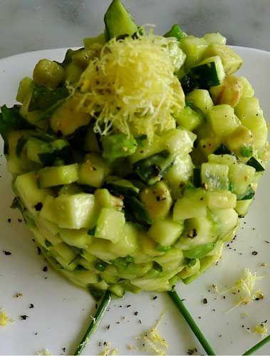 Crudismo - la ricetta: tartare avocado e zucchine