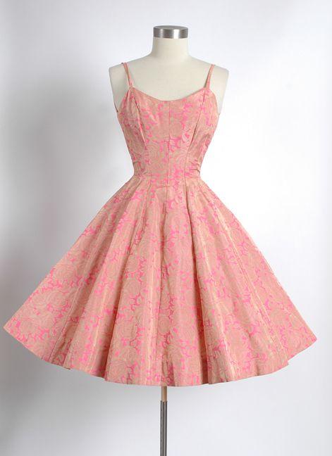 HEMLOCK VINTAGE CLOTHING : 1950's Silk screened Fabric Party Dress
