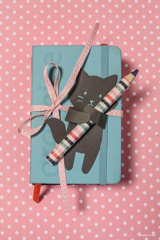 abrazos de animales para decorar tus regalos