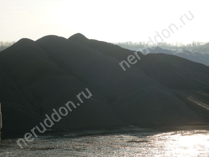Добыча щебня песчаника на карьерах Ростовской области.