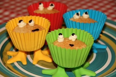 WIN 1 of 3 sets of Funny Feet Cupcake Holders!