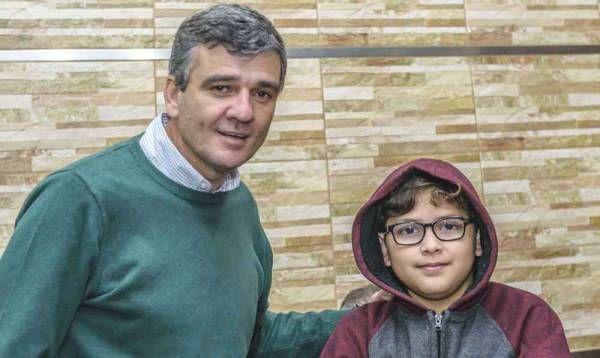 Zabaleta entregó 170 pares de anteojos del programa municipal de oftalmología