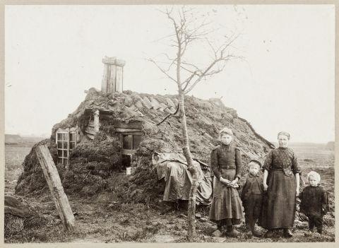 Plaggenhut, Onstwedde 1907 - fotograaf: Tonnis Post
