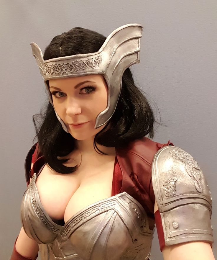 [Chrix Design: Lady Sif Cosplay]  Her whole site is an incredible resource for cosplay, prop, sewing, faux armor, and even geeky gift tutorials.
