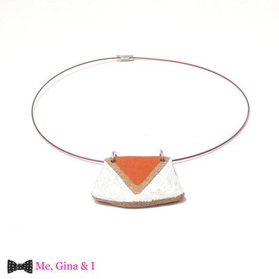 Ethnic white & orange choker necklace made of cork.