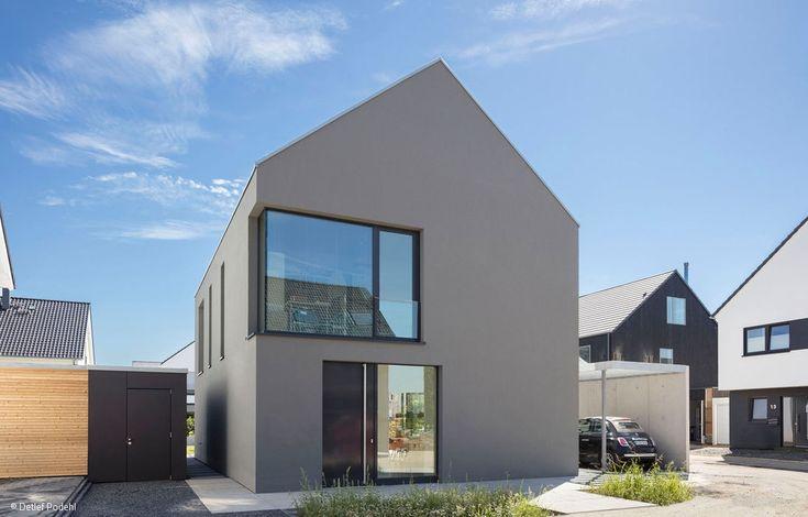 Ein Haus mit Satteldach, so steht es häufig in Be…