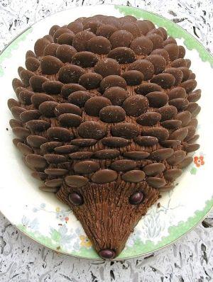 Hedgehog Cake by jami