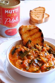 zuppa di zucchine e stracciatella d'uovo, ricetta light