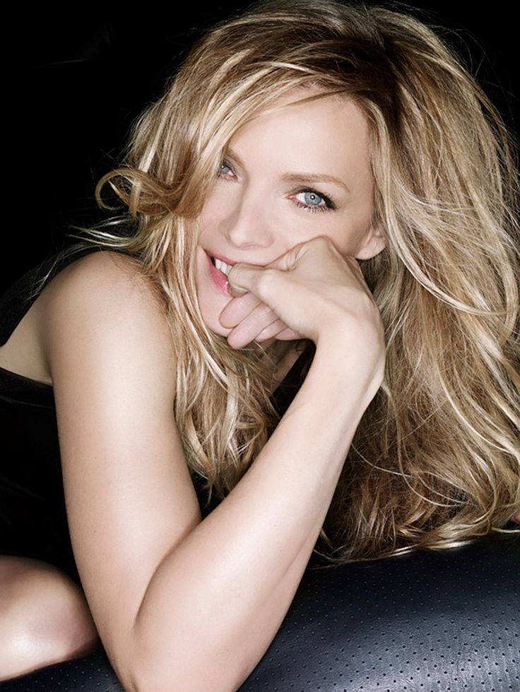 Michelle Pfeiffer -  In an Entertainment Weekly on-line poll, she placed second in the category of Best Modern Actress; beaten only by Meryl Streep [September 1999].