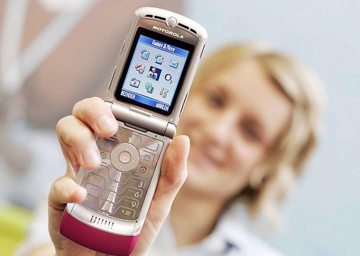 Luego de que Nokia lanzara el Nokia 3310, Lenovo quiere hacer lo mismo con el icónico teléfono móvil, Motorola RAZR, equipo que destacaba por su diseño.
