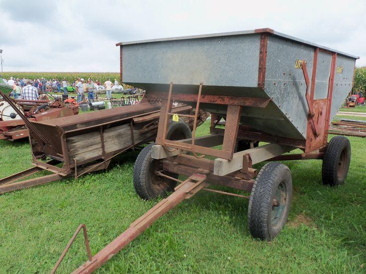 Little  Giant Gravity wagon