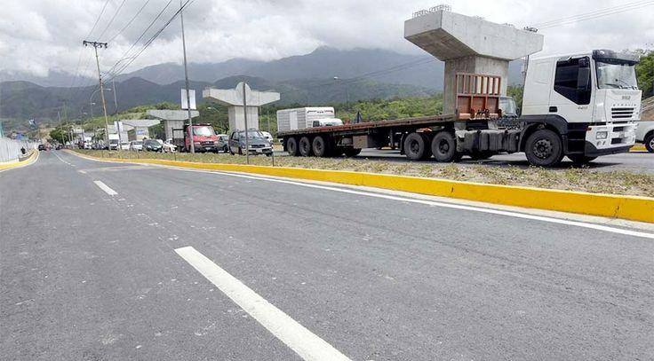 Restricción vehicular en Intercomunal Guarenas-Guatire se mantiene