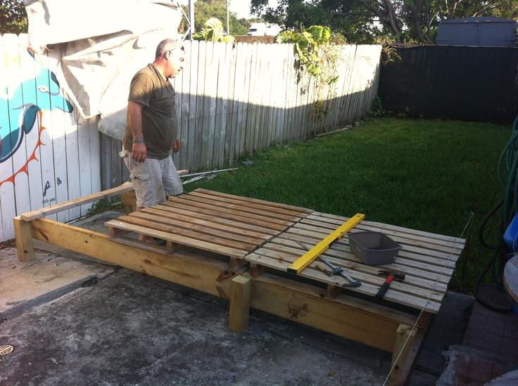 17 best images about pallets on pinterest decks pallet for Garden decking using pallets