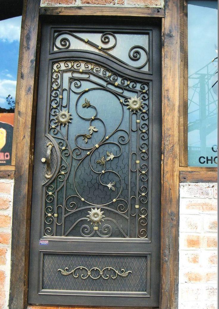 M s de 25 ideas incre bles sobre puertas de hierro forjado for Puertas metal y vidrio modernas