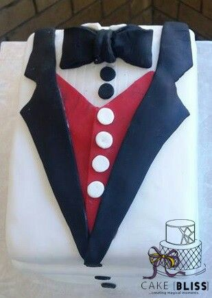 Father's day tuxedo chocolate, vanilla and red velvet sponge withe vanilla frosting
