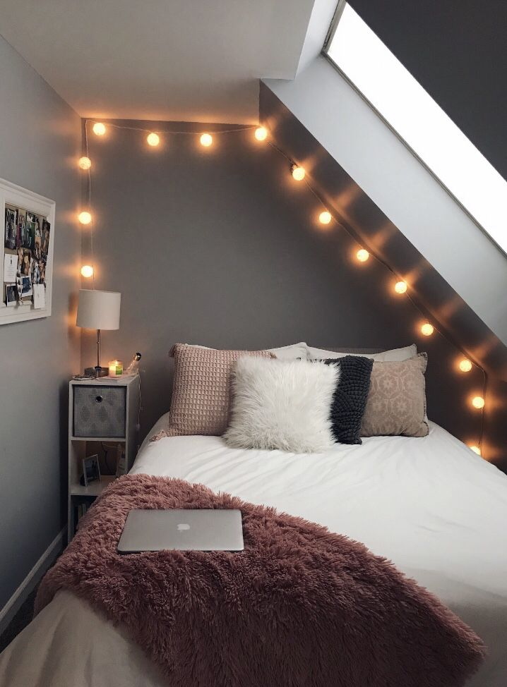 Pretty bedroom idea with lights that are a nice addition to the ...