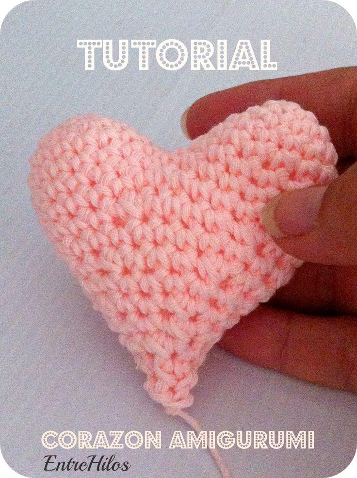 Corazón Amigurumi - Patrón Gratis en Español paso a paso aquí: http://entrehilosyalgomas.blogspot.com.es/2014/07/tutorial-corazon-amigurumi.html